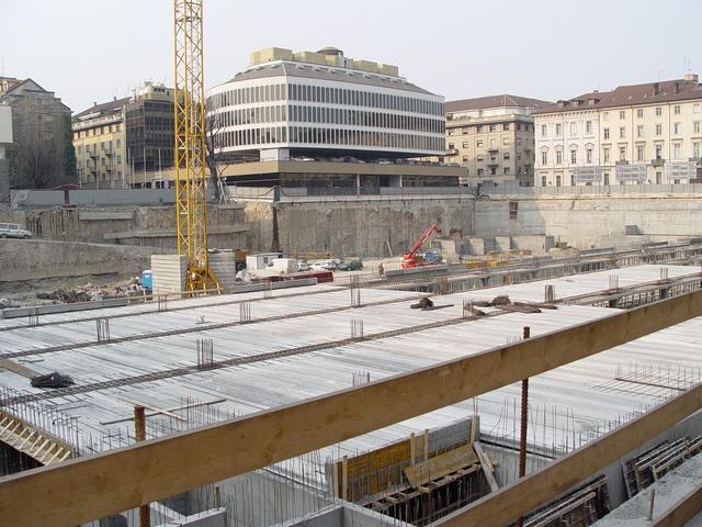 building-site-2-1455857-640x480