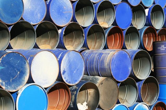blue-barrels-2-1174938-639x426
